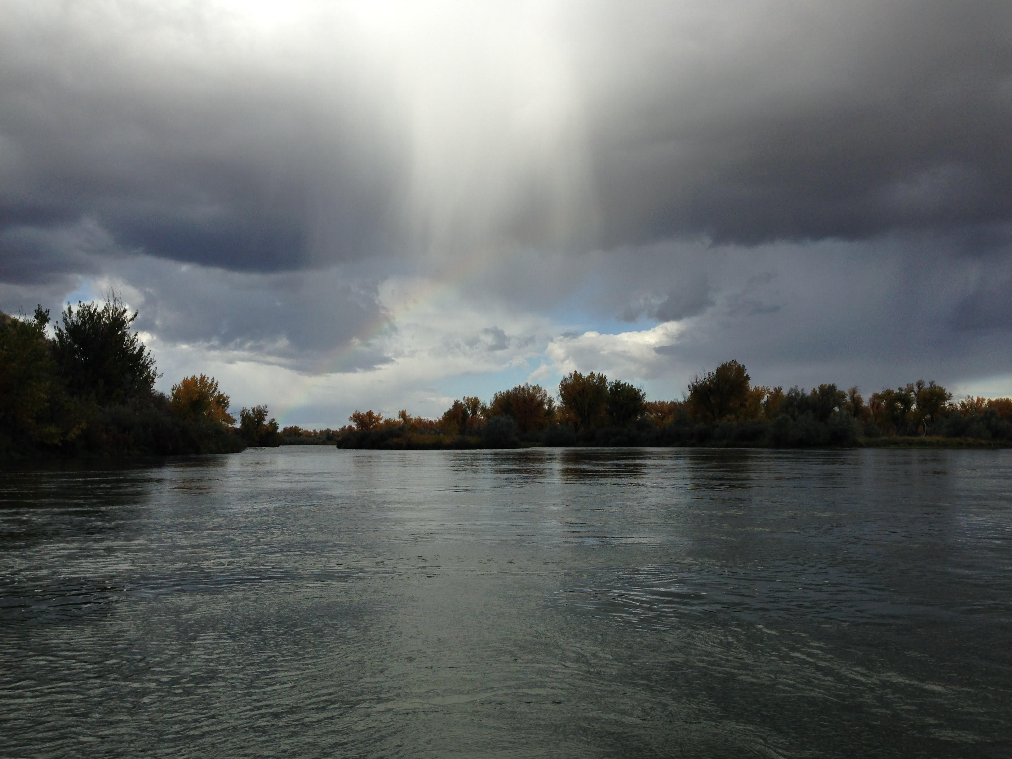 Bighorn River - Summer time - Afternoon Rain